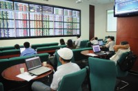 Allowing securities companies to invest indirectly overseas