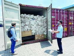HCM City Customs ensure customs clearance 24/7 while applying social distancing measures