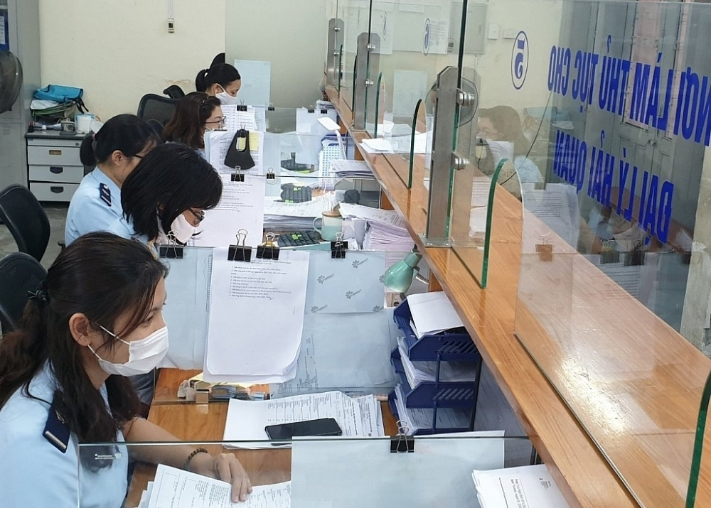 Hai Phong Investment/Processing Customs Branch achieves revenue target of more than 80%