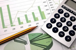Promulgation of Vietnamese public accounting standards is necessary