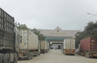 PM requests to continue customs clearance at border gates
