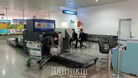 Tan Son Nhat Customs: Efforts to perform task on frontline in epidemic prevention