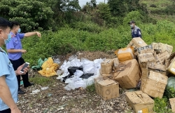 Banned goods illegally entering in Vietnam across Mong Cai border