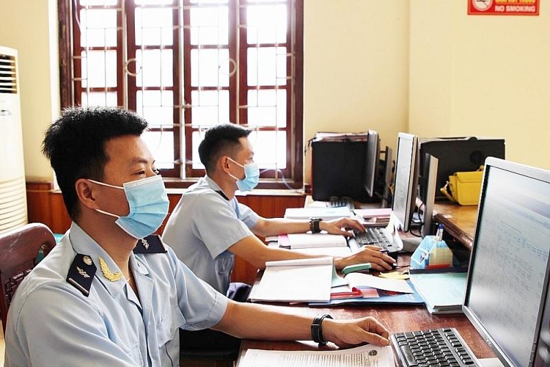 Operations at Na Meo international border gate Customs Branch (Thanh Hoa). Photo: Phong Nhan