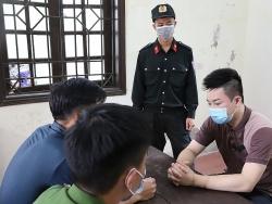 Ha Tinh arrests people for trafficking 1kg of drug and 2,000 tablets of amphetamine