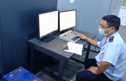 Hanoi Customs ensures customs clearance during social distancing