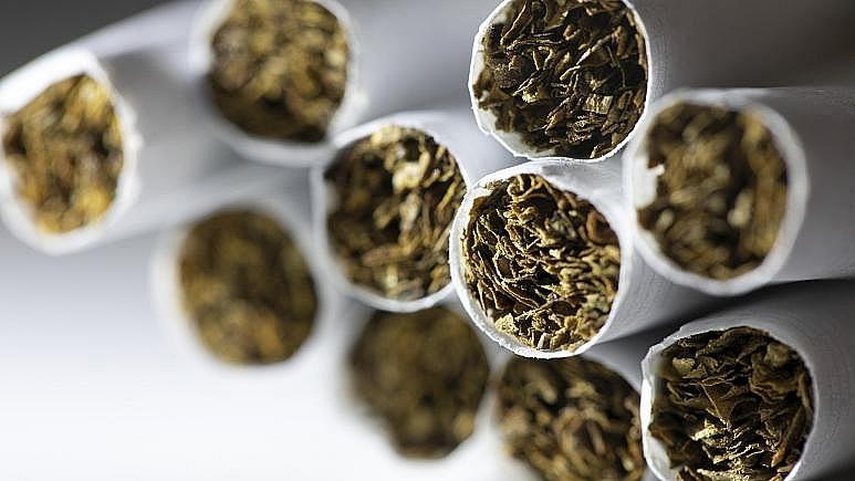 Belgian customs arrest 45, seize million of counterfeit cigarettes