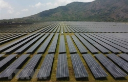 India launches anti-dumping probe on solar panels from Vietnam