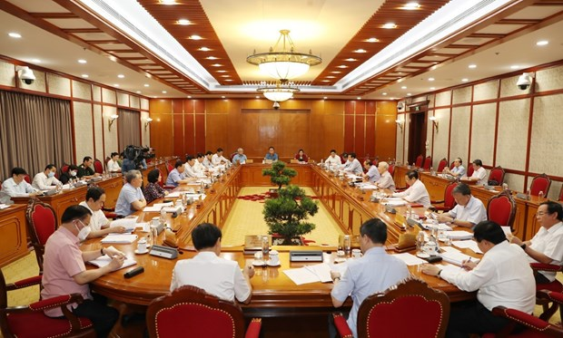 Party chief calls for extra efforts to combat COVID-19 hinh anh 1