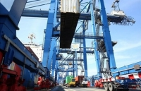 Seaport fees should be increased: say insiders