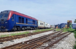 Container freight trains from Vietnam to Belgium help boost railway logistics services