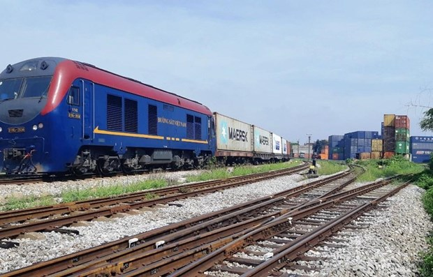 Container freight trains from Vietnam to Belgium help boost railway logistics services hinh anh 1