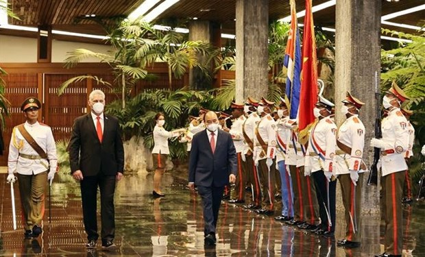 President Nguyen Xuan Phuc welcomed in Cuba hinh anh 1