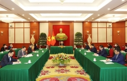 Vietnamese, Chinese Party leaders discuss trade, maritime cooperation