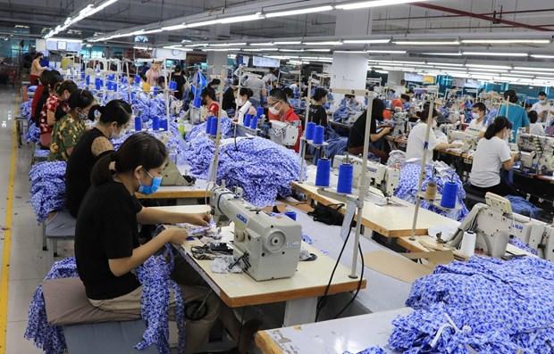 Hanoi accompanies with investors hinh anh 1