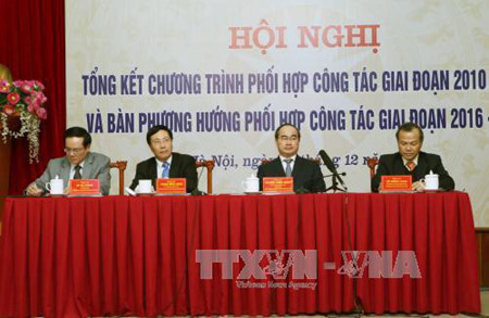 more incentives to attract overseas vietnamese