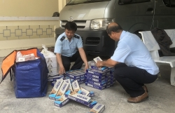 Dong Thap Customs seizes an unknown shipment of cigarettes