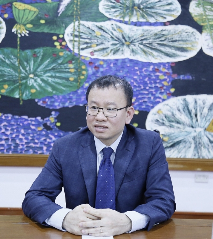 Nguyen Hoang Duong, Deputy Director of Finance Department of banks and financial institutions, Ministry of Finance