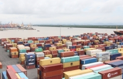 Import and export turnover reaches US$375 billion