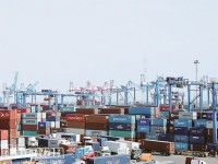 More than 11,000 imported shipments forgotten at seaports and airports